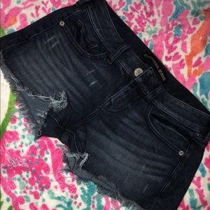 Express 00 shorts